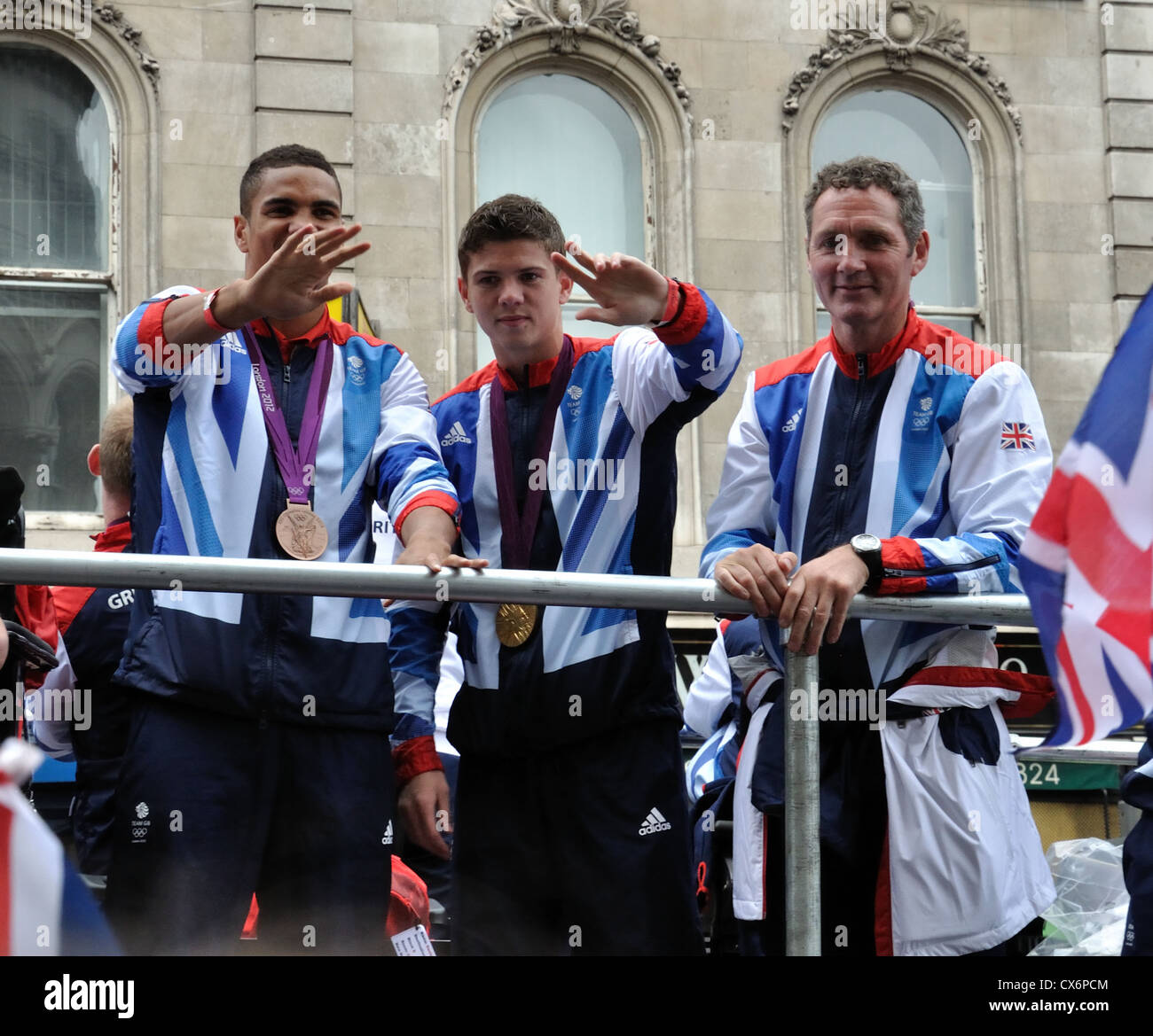 Anthony Ogogo, Luke Campbell, Lee Pullen (Coach). Boxing.  The London 2012 Medal Winners Parade. - Stock Image