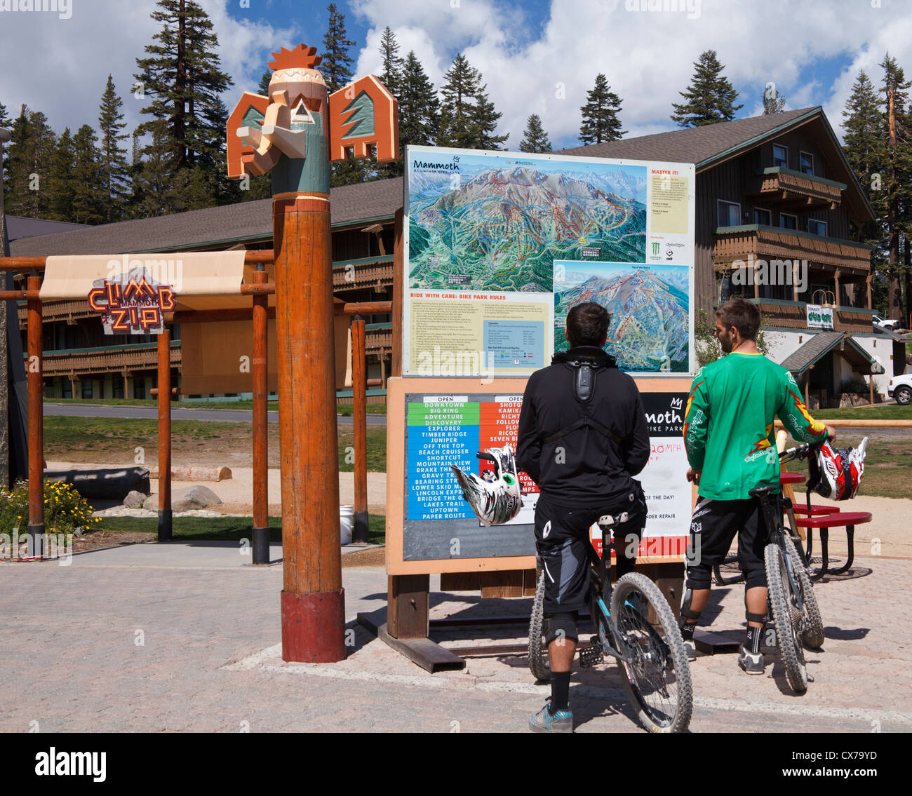Mountain bikers look at trail map for Mammoth Mountain at ... on cave city attractions map, mammoth village, mammoth house, mammoth weather, mammoth lifts, cave city tn map, mammoth mountain, mammoth gondola, lebanon hills map, buck hill map, mammoth wind cave national park,