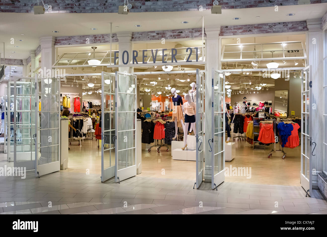 Forever 21 store in the Mall of America, Bloomington, Minneapolis, Minnesota, USA - Stock Image