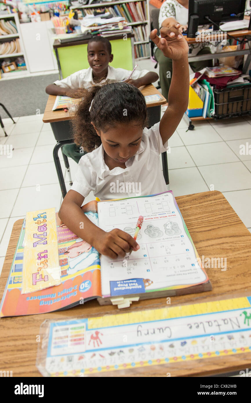 Bahamian school children in New Plymouth on Green Turtle Cay, Bahamas. - Stock Image