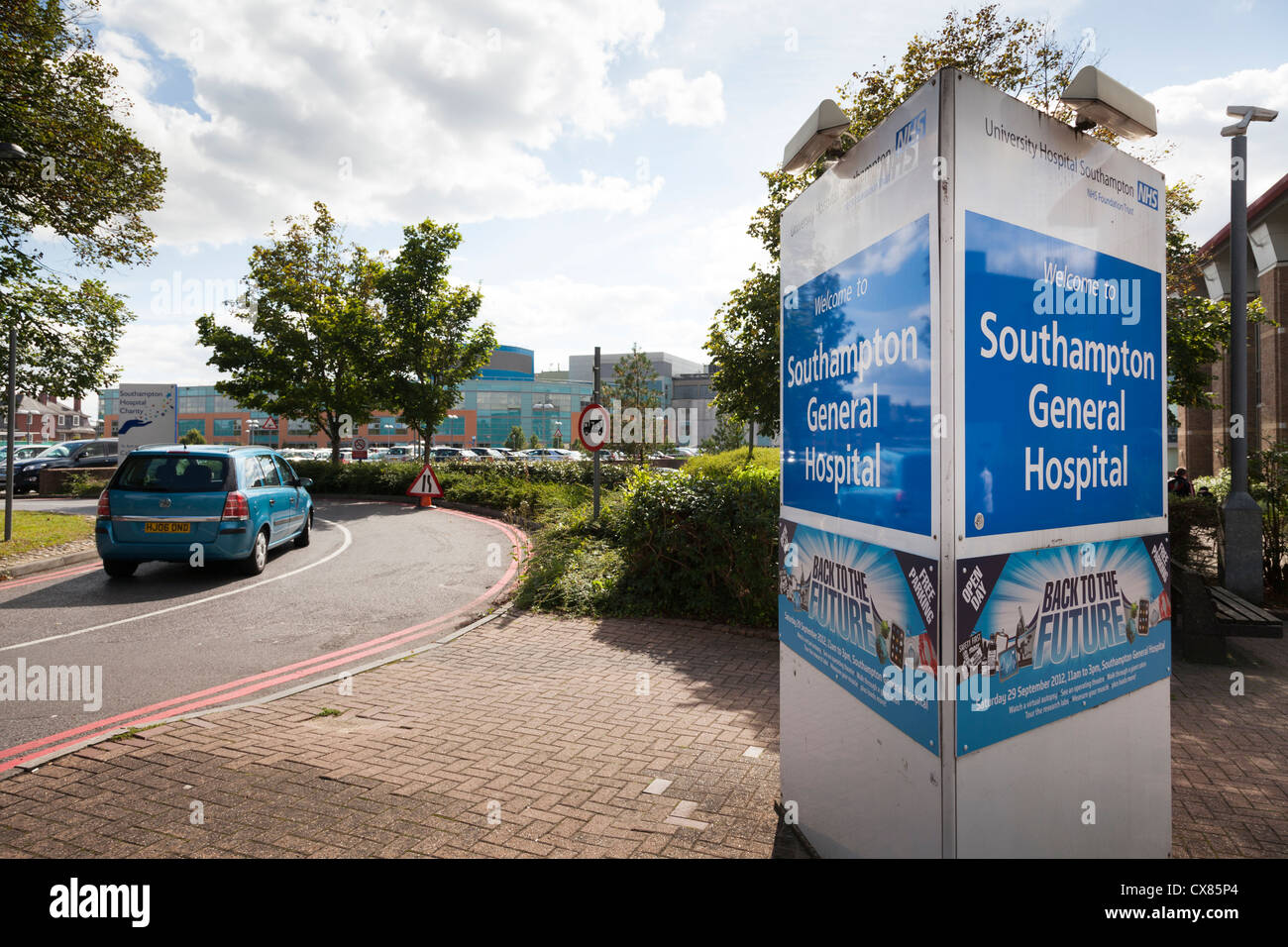 entrance to visitor car park of Southampton General Hospital with sign - Stock Image