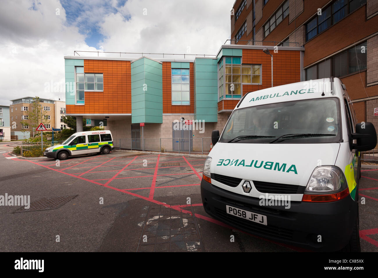 Ambulance parked outside the Haematology department of Southampton General Hospital - Stock Image