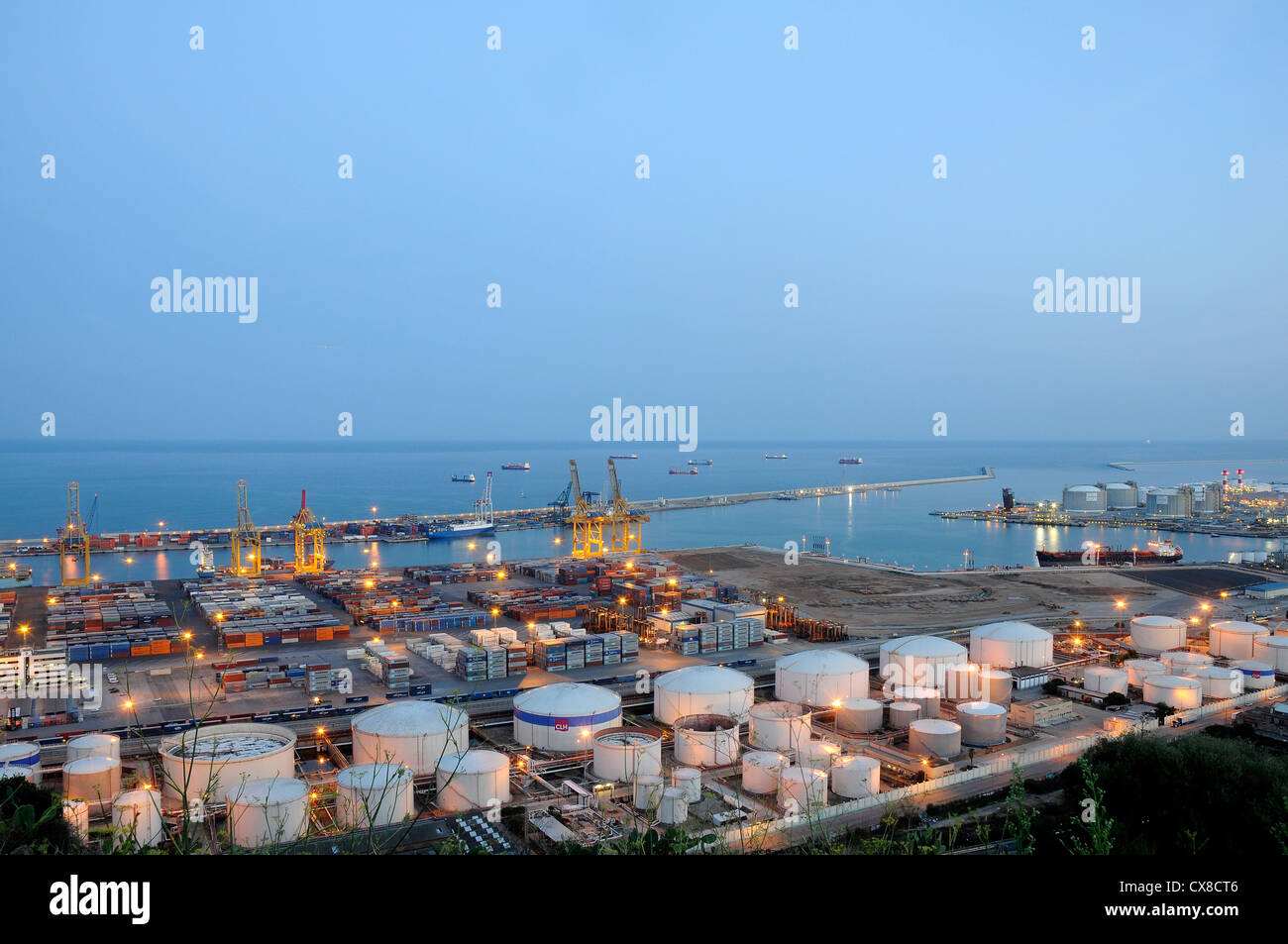 View dock of the Port of Barcelona flammable storage tank of liquefied  natural gas (of LNG) and other liquid products - Stock Image