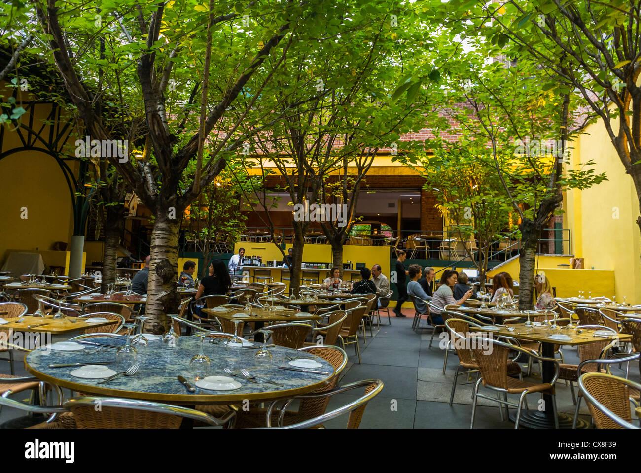 Garden Soho Stock Photos & Garden Soho Stock Images - Alamy