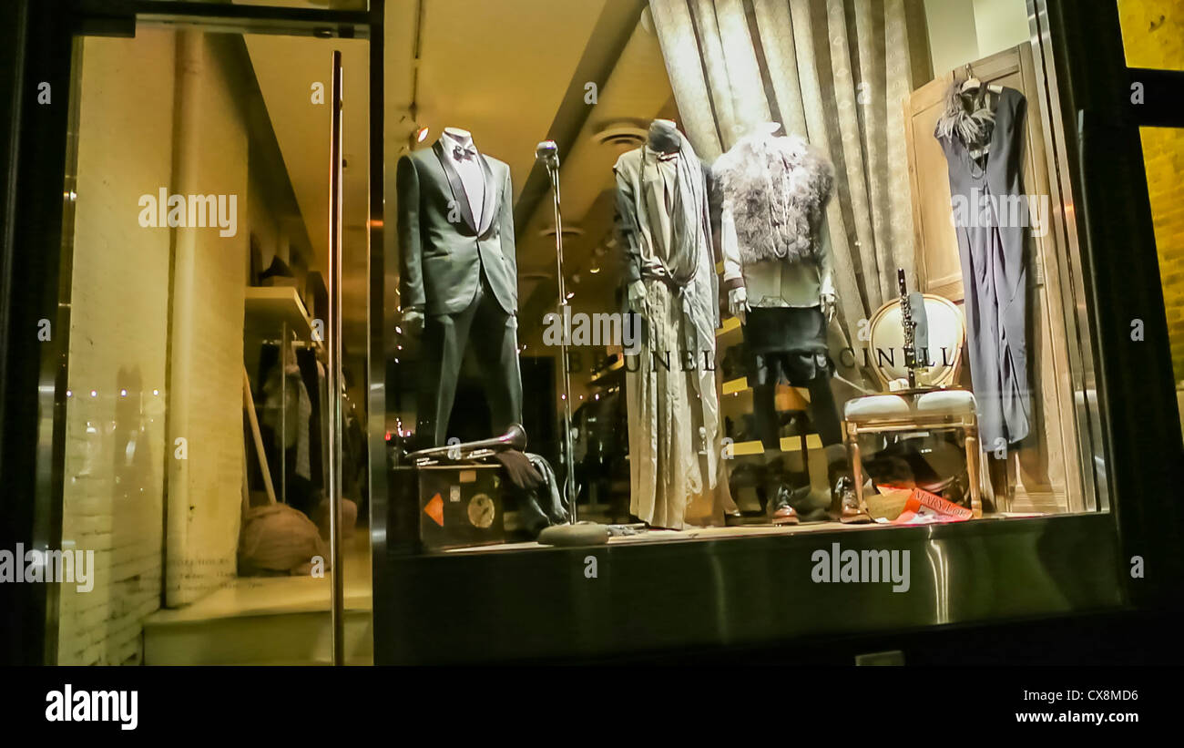 New York, NY, USA, Inside Luxury Clothing Brands, Store at Night, Ralph Lauren, SHop Front Window Display, mannequins - Stock Image