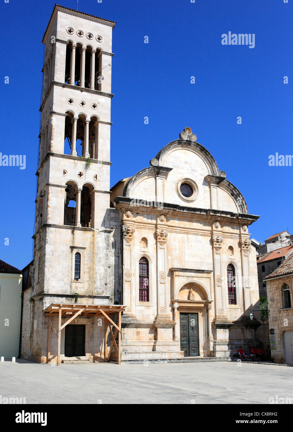 Cathedral of Sv. Stjepan (St. Stephen), central square (Pjaca), city of Hvar, Island of Hvar, Dalmatian coast, Croatia - Stock Image