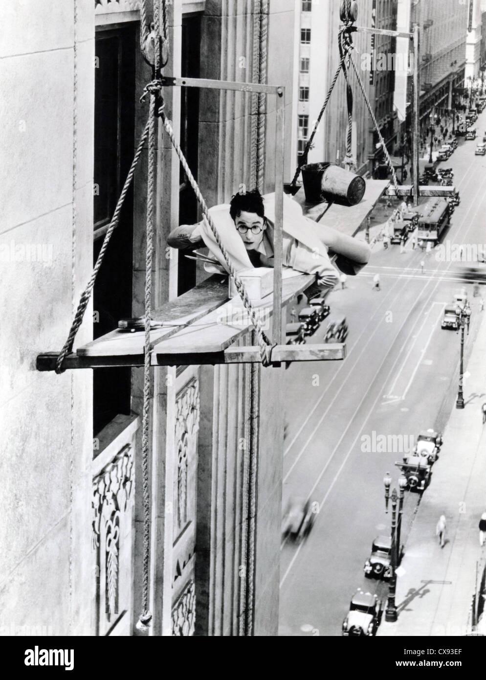 FEET FIRST (1930) HAROLD LLOYD CLYDE BRUCKMAN (DIR) FFST 001 MOVIESTORE COLLECTION LTD - Stock Image