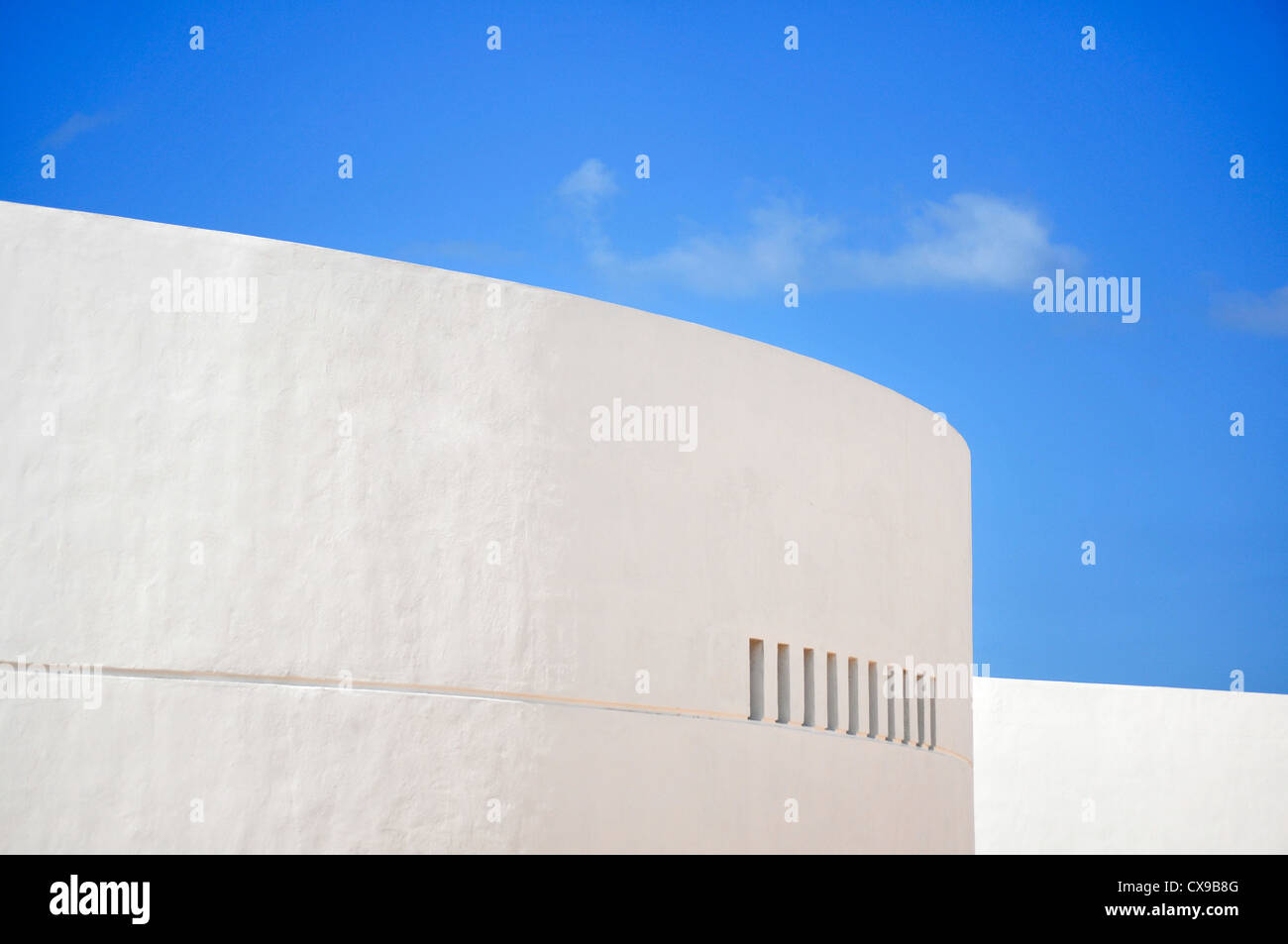 Old white wall in Progresso - Mexico - Stock Image