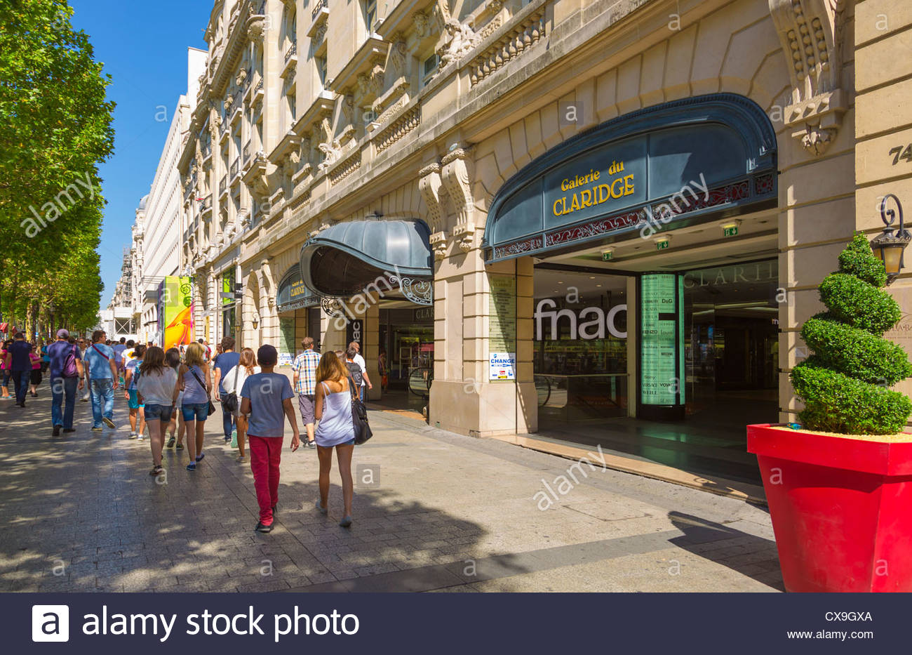 shops on avenue champs elysees paris france stock photo 50612642 alamy. Black Bedroom Furniture Sets. Home Design Ideas