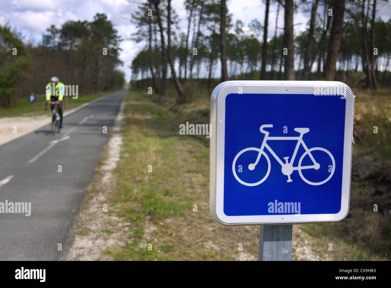 Bicycle route near the Atlantic Coast, Mimizan, France. - Stock Image