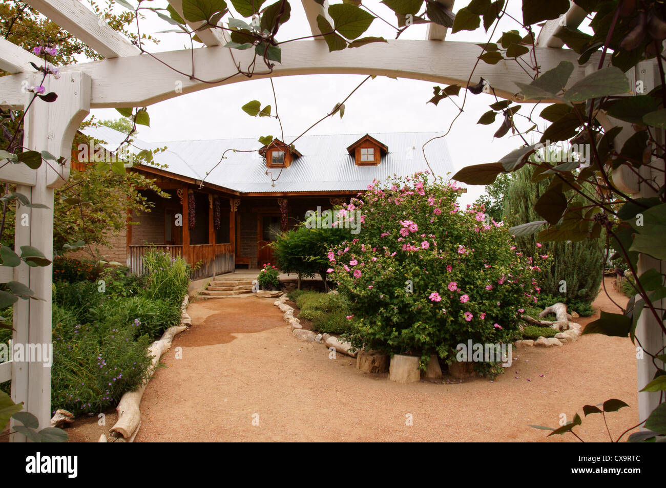 apieceofrainbow easy diy arched ideas a enchanting trestle growing garden structures vertical trellis