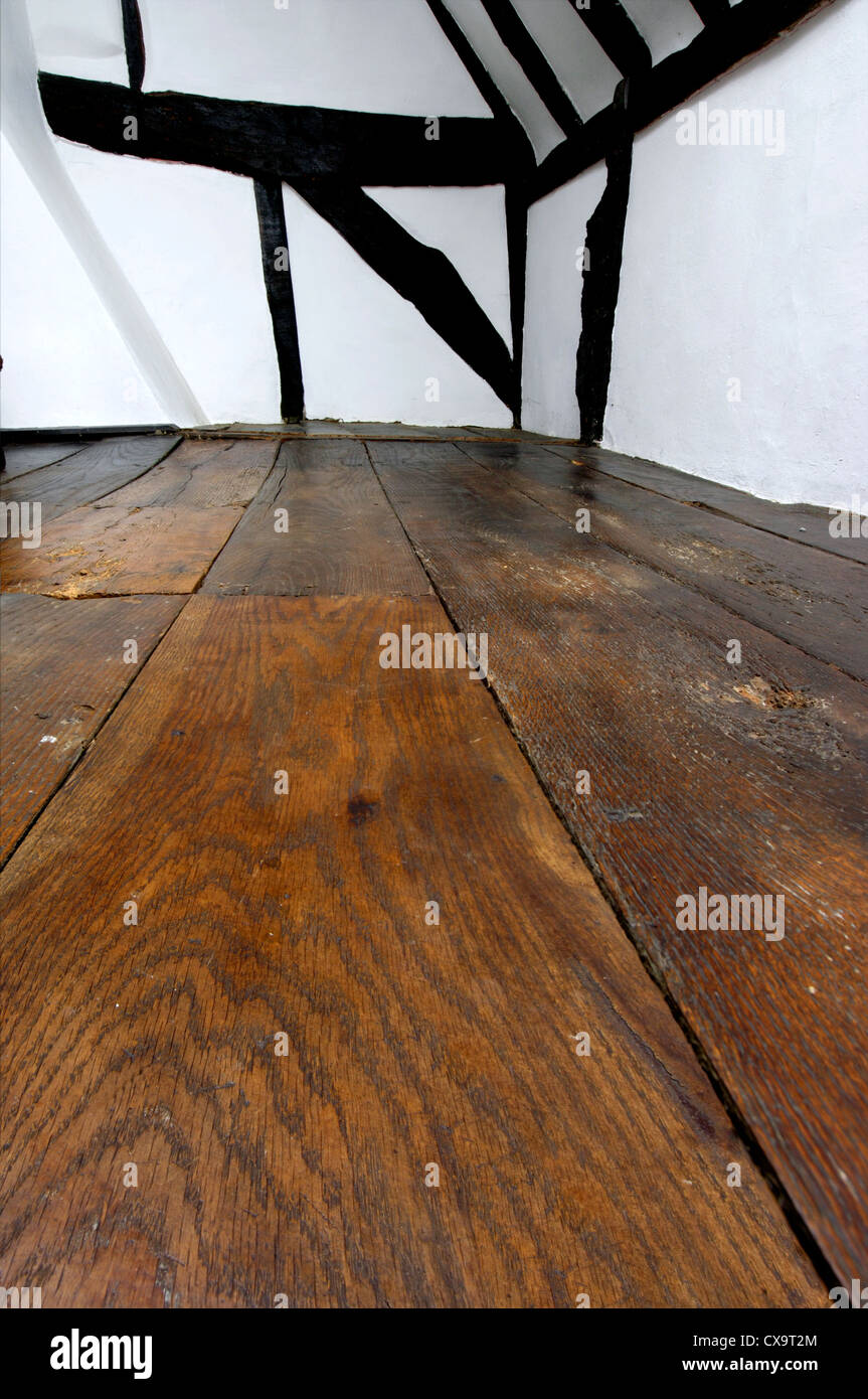 oak floorboards and oak frame in 17th century cottage Stock Photo