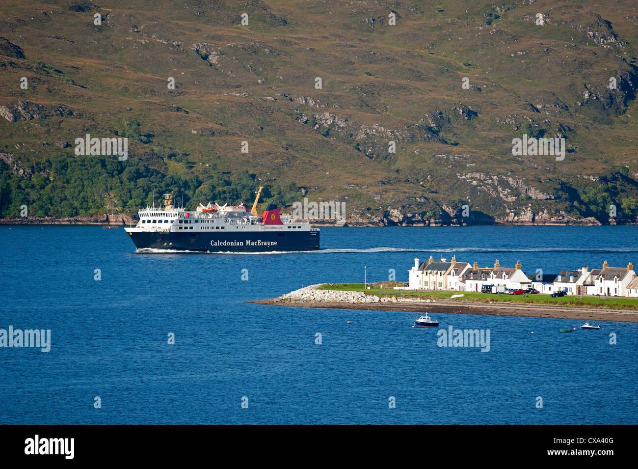 Ullapool, fishing and tourist ferry port on Loch Broom, Wester Ross Highland Region Scotland.  SCO 8529 - Stock Image