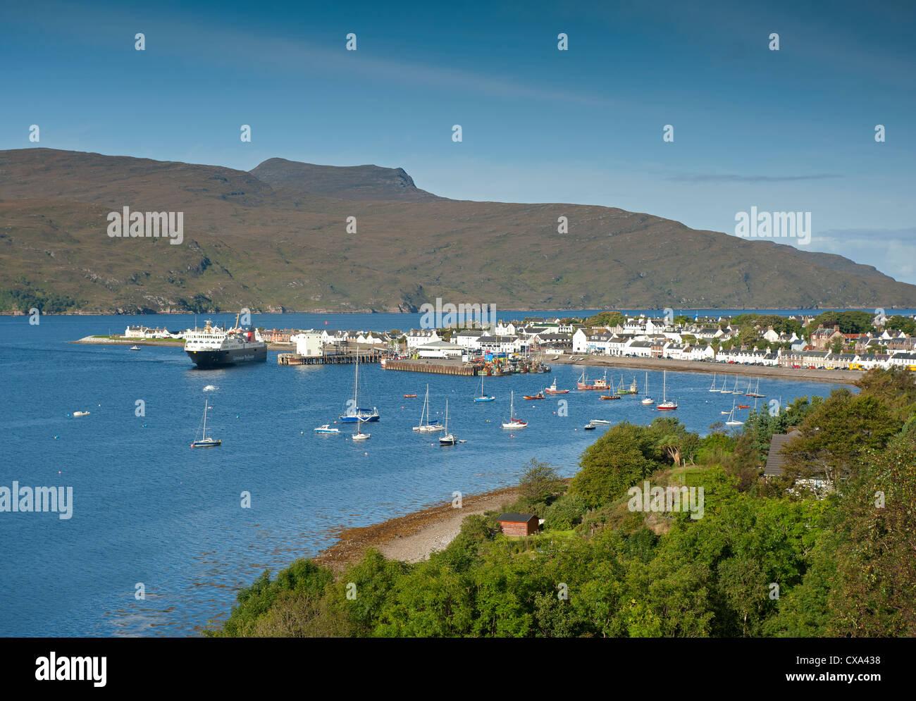 Ullapool, fishing and tourist ferry port on Loch Broom, Wester Ross Highland Region Scotland.  SCO 8531 - Stock Image