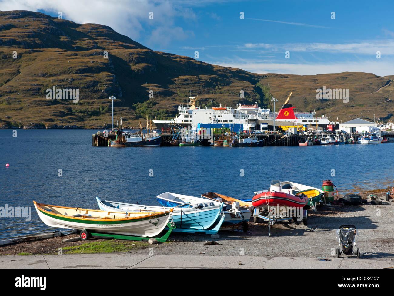 Ullapool, fishing and tourist ferry port on Loch Broom, Wester Ross Highland Region Scotland.   SCO 8534 - Stock Image