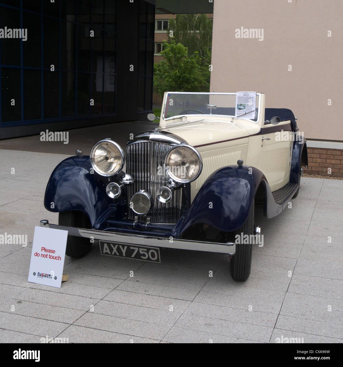 1934 3.5 Litre Bentley Convertible Vintage Luxury Car Stock Photo