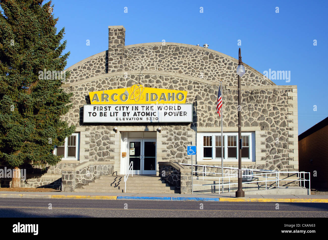 arco idaho id first city in world to be lit by atomic power sign building butte county united states big lost - Stock Image