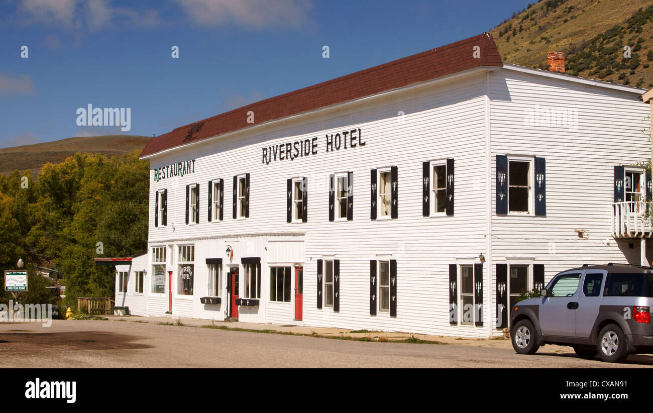 riverside hotel colorado co hot sulphur springs place where one pays for accommodation boarding house hospice - Stock Image