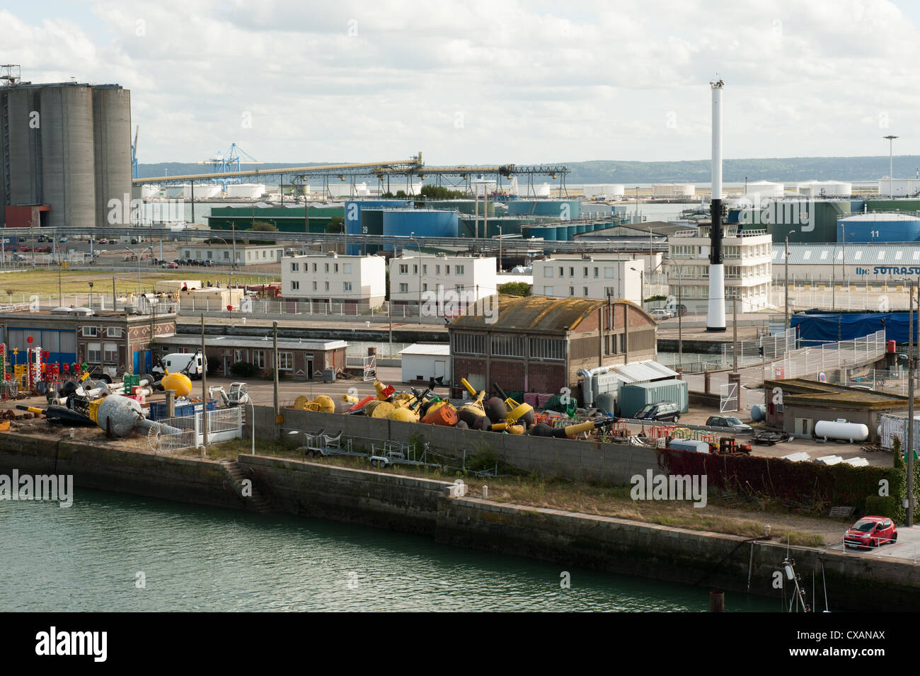 Industrial view at the port of Le Harvre, north coast of France. - Stock Image