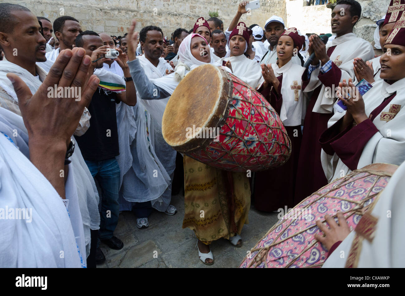 Ethiopian Good Friday celebrations at the Holy Sepulcre, Old City, Jerusalem, Israel, Middle East - Stock Image