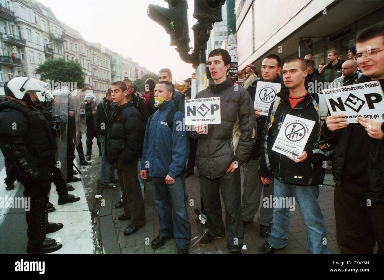 Right-wing extremists in Marsz Rownosci (march of equality), Posen (Poznan), Poland - Stock Image