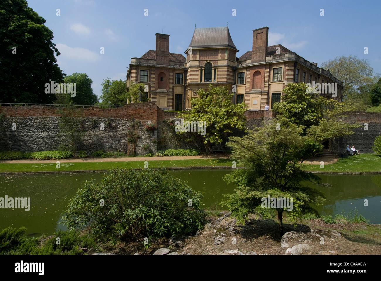 Moat and grounds of Eltham Palace, Eltham, London, England, United Kingdom, Europe - Stock Image