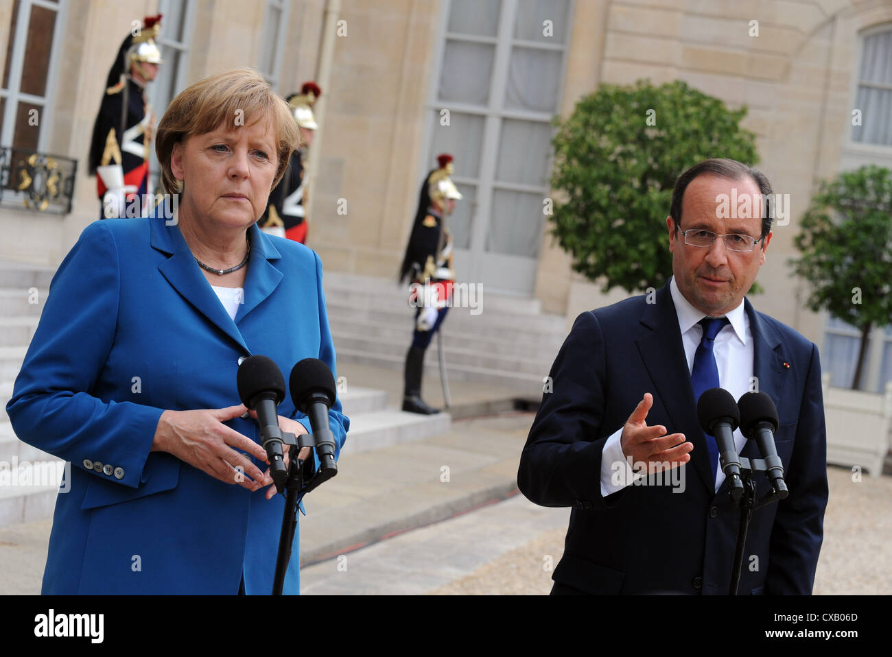 Meeting between French president Francois Hollande and german chancellor Angela Merkel at the Elysee palace in Paris, - Stock Image