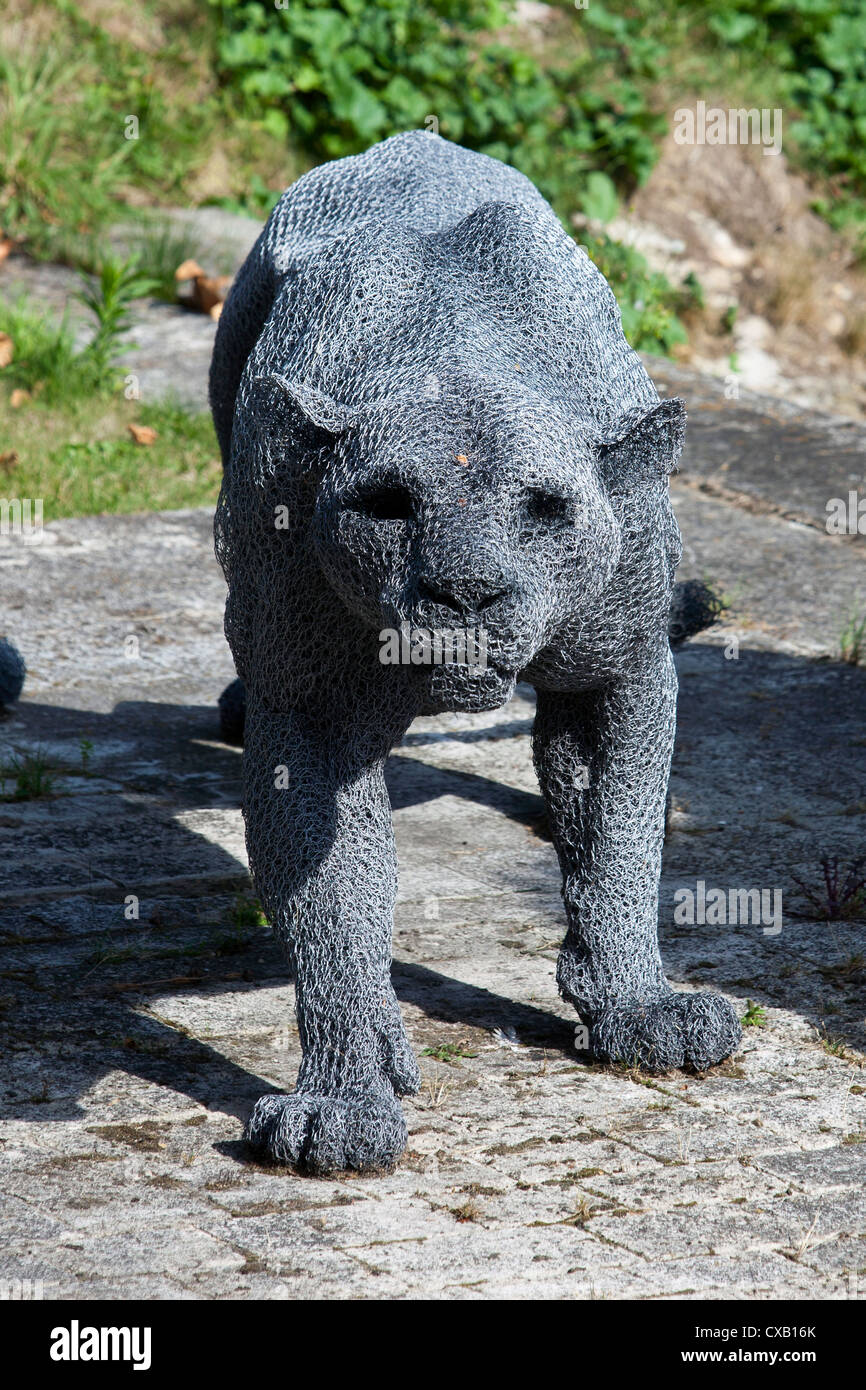 Kendra Haste sculpture of a lioness part of the 'Royal Beasts' exhibition at the Tower of London, England, - Stock Image