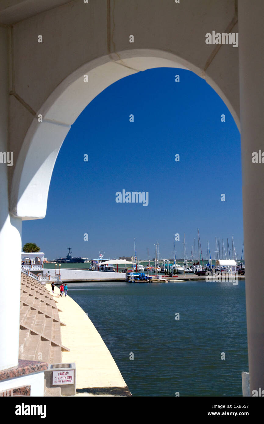 Promenade and seawall at Corpus Christi, Texas, USA. - Stock Image