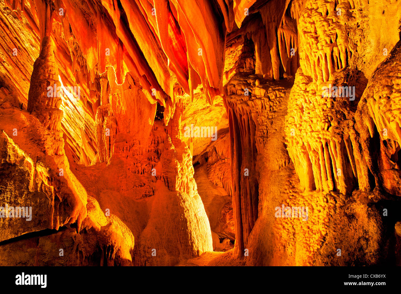 Stalactite formations of Lucas Cave, part of the Jenolan Caves system. - Stock Image