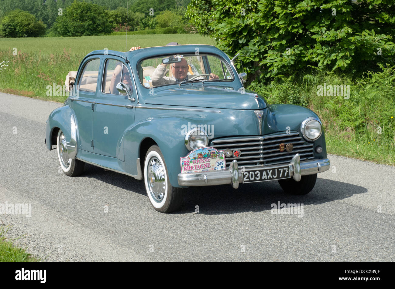 Peugeot 203 Luxe Decouvrable of 1955 in the Tour de Bretagne, France, 2012 - Stock Image