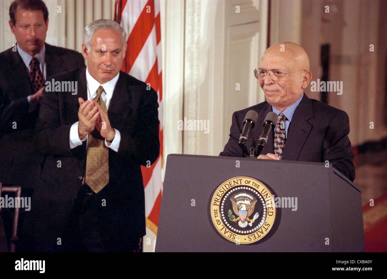 Israel Prime Minister Benjamin Netanyahu Applauds King Hussein Of