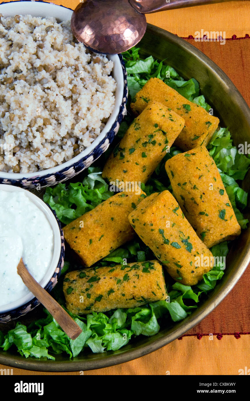 Mercimek koftesi, vegetarian balls with lentils, Turkish food, Turkey, Eurasia - Stock Image