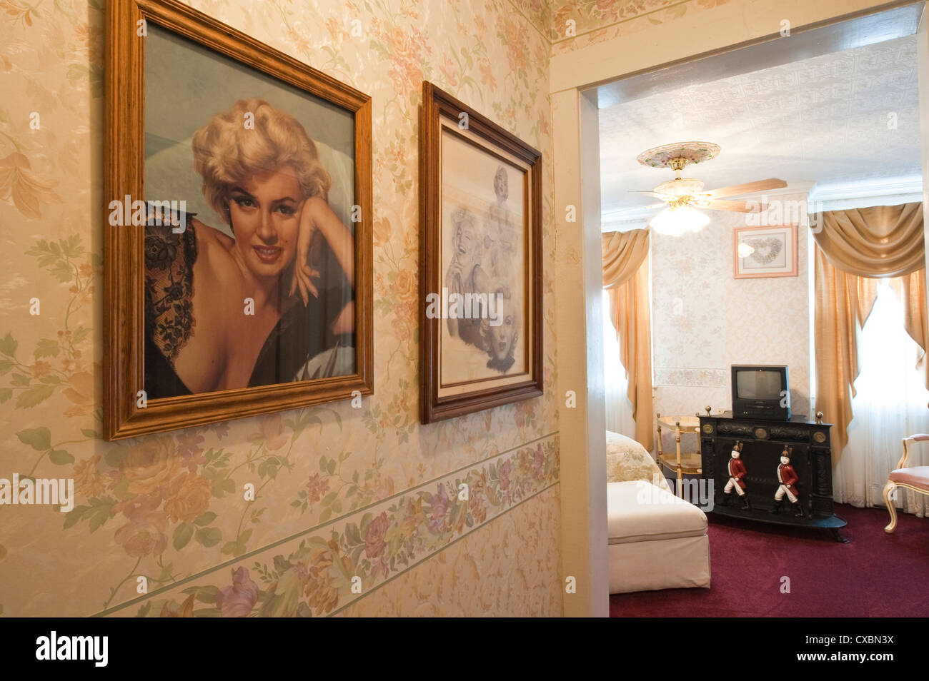 Marilyn Monroe's room at the Edith Palmer's Country Inn, a Victorian home built in 1863, Virginia City. - Stock Image