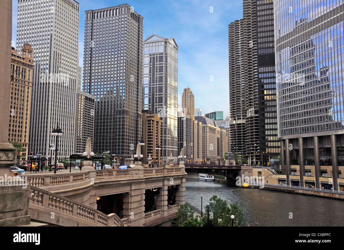 CHICAGO SKYLINE WITH RIVER,ILLINOIS,USA - Stock Image
