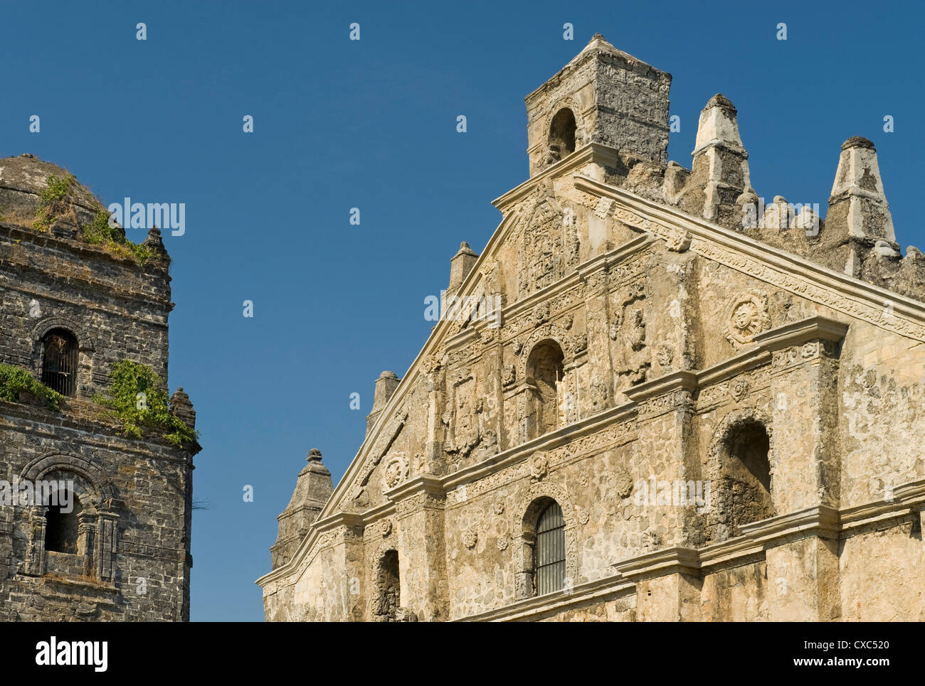 Paoay Church Classic Example Of Earthquake Barocco With Strong