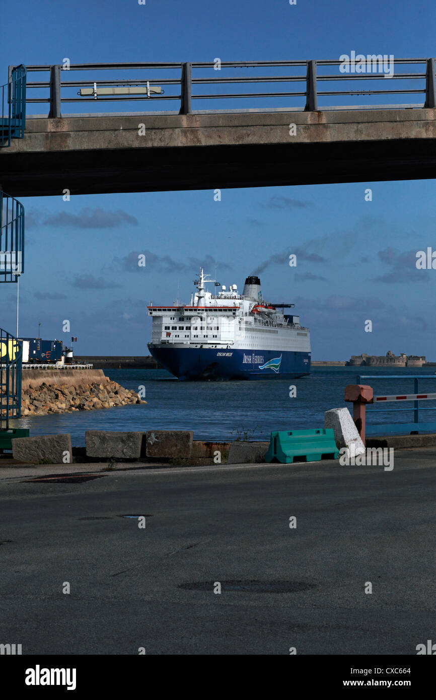 Irish Ferries ferry - Oscar Wilde - arriving in Cherbourg, France