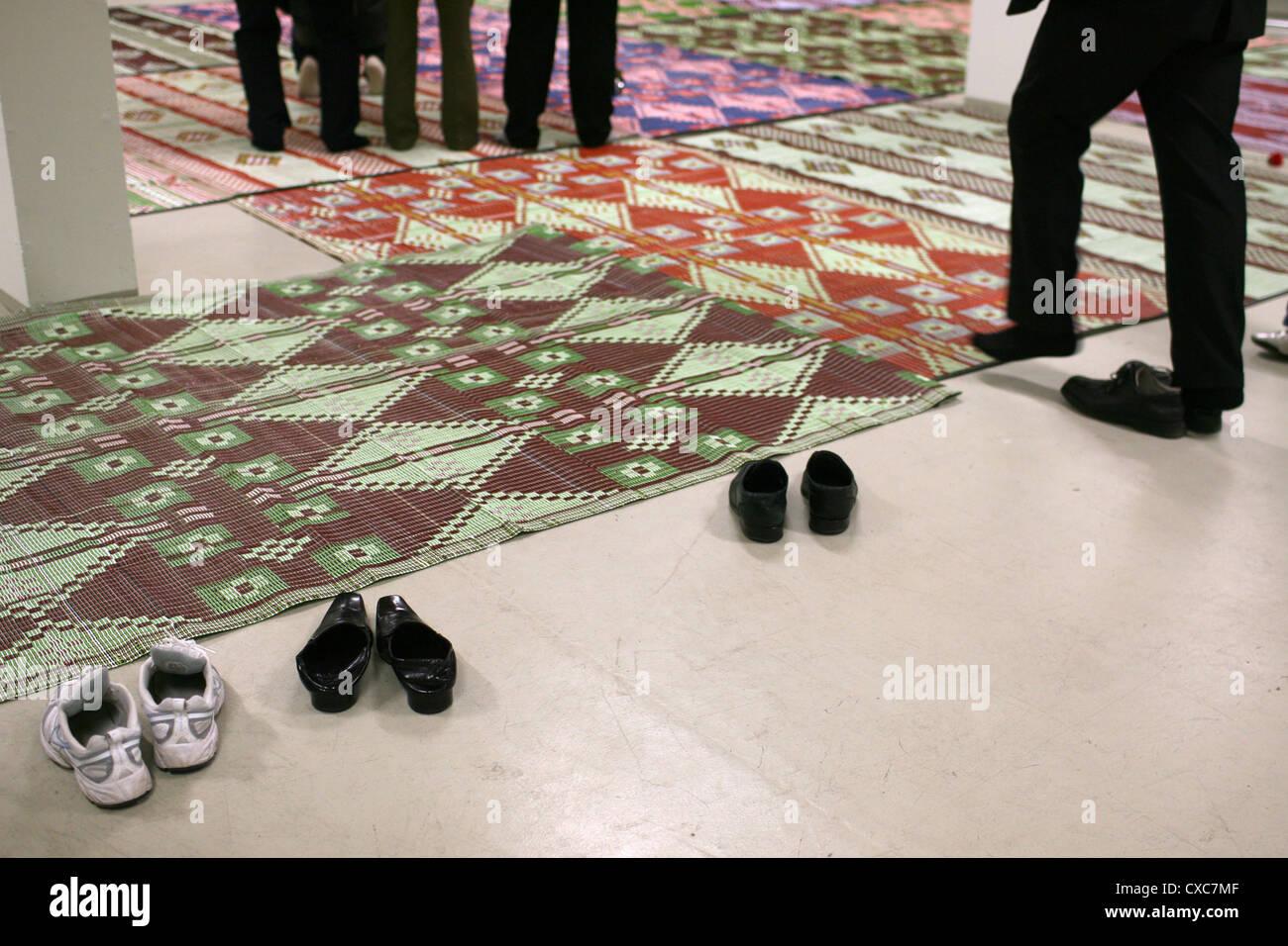 Berlin, Muslims pray - Stock Image
