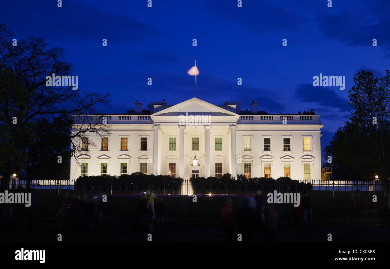 The White House at night with tourists, Washington D.C., United States of America, North America - Stock Image