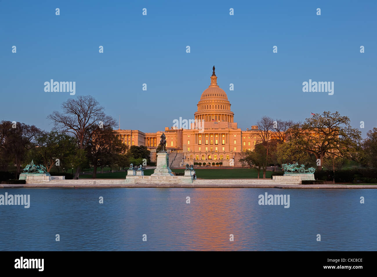 Ulysses S. Grant Memorial and United States Capitol Building showing current renovation work on the dome, Washington - Stock Image