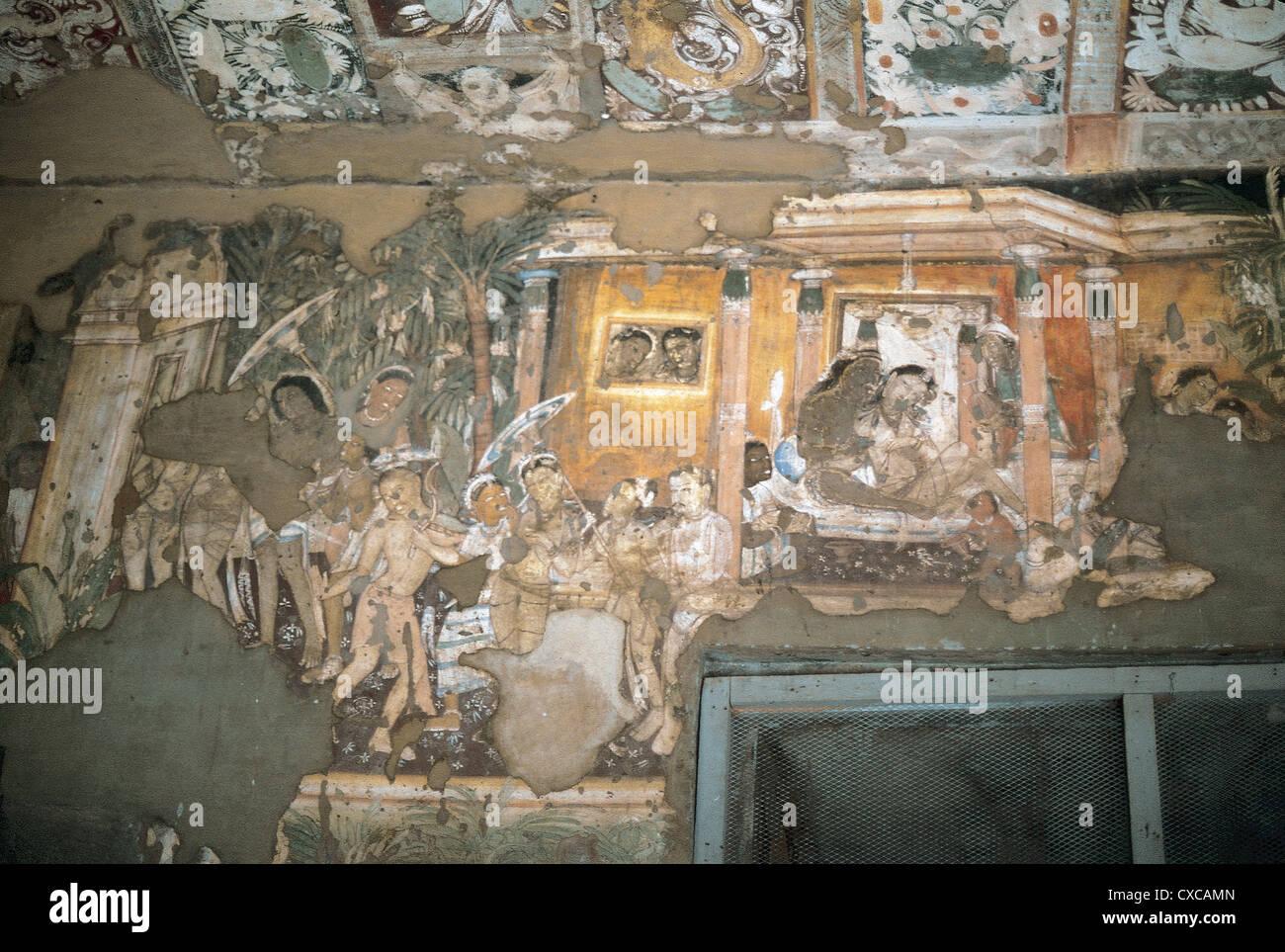 India. Maharashtra. Ajanta Caves. Wall of Cave 17 with the Visvantara Jataka. Late 5th century. - Stock Image