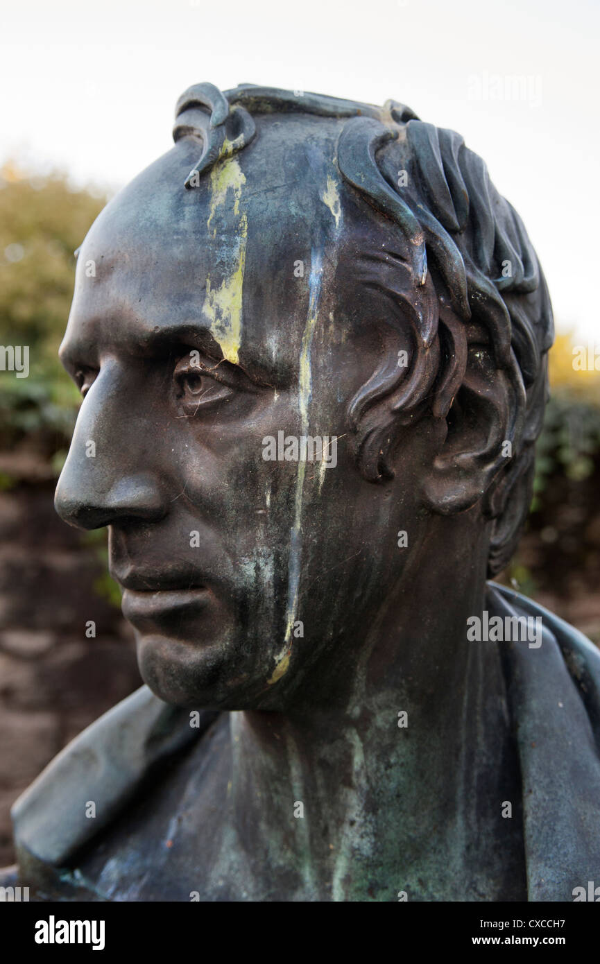 Bust of William Wordsworth, defaced by bird mess, in Cockermouth, Cumbria - Stock Image