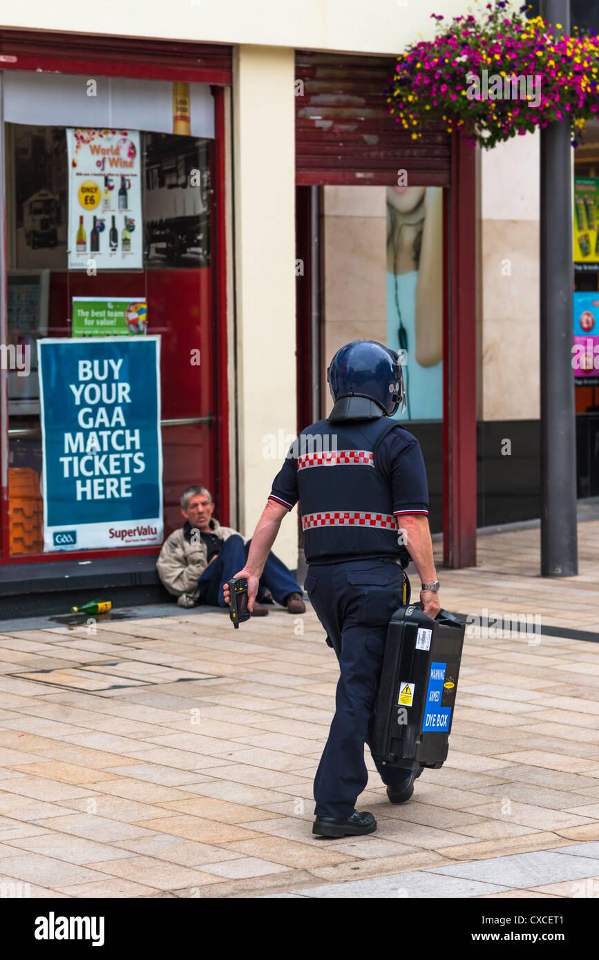 Wondrous Security Guard In Blue Uniform And Helmet Carries Secure Cash Box Wiring Cloud Usnesfoxcilixyz