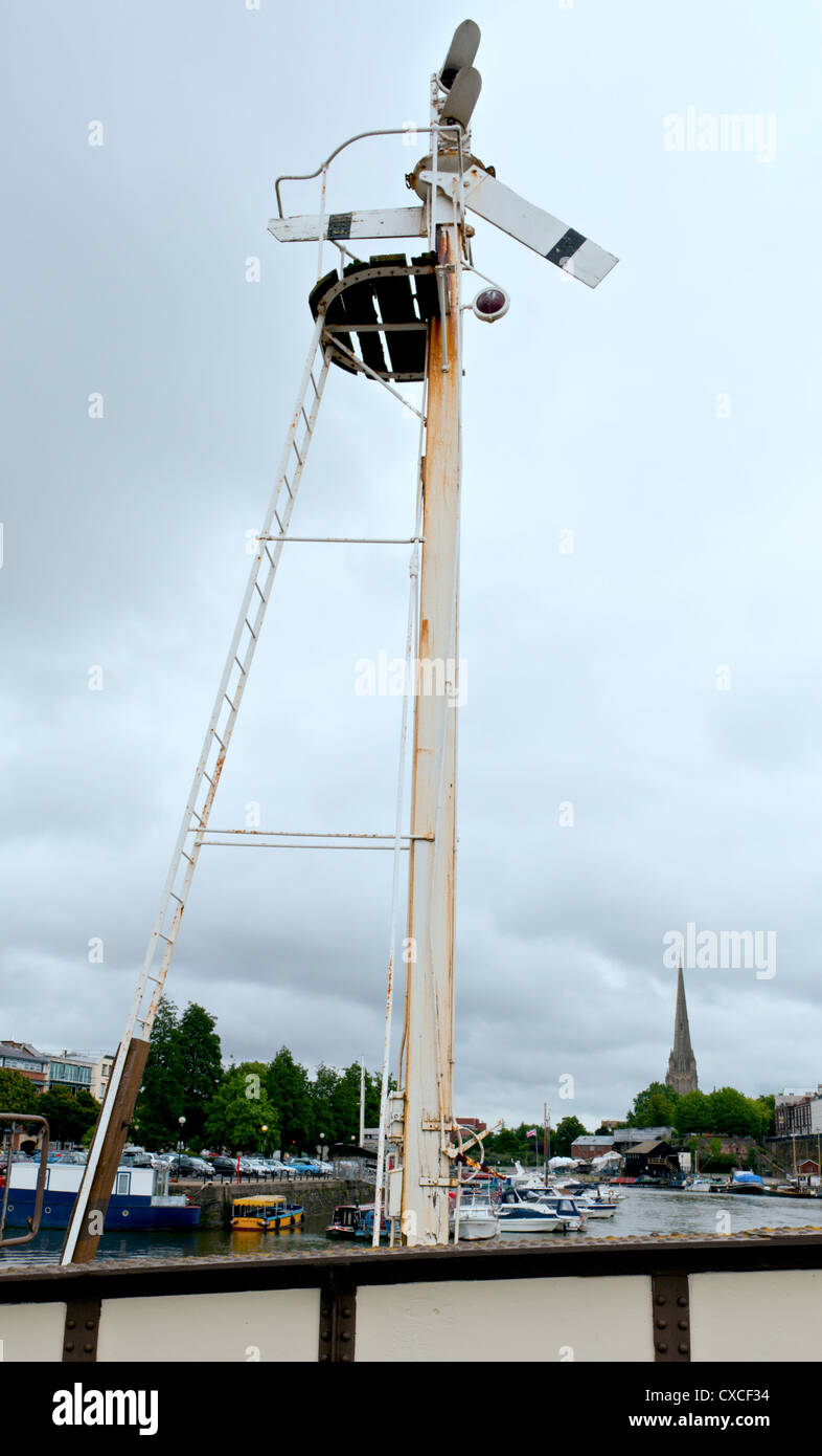 A Semaphore signal on Prince Street Bridge, Bristol, UK Stock Photo