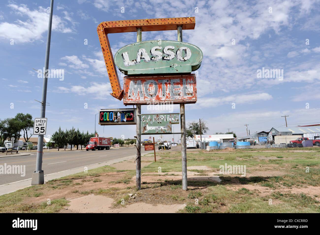 Lasso Motel Derelict Neon Sign, Route 66, Tucumcari New Mexico - Stock Image
