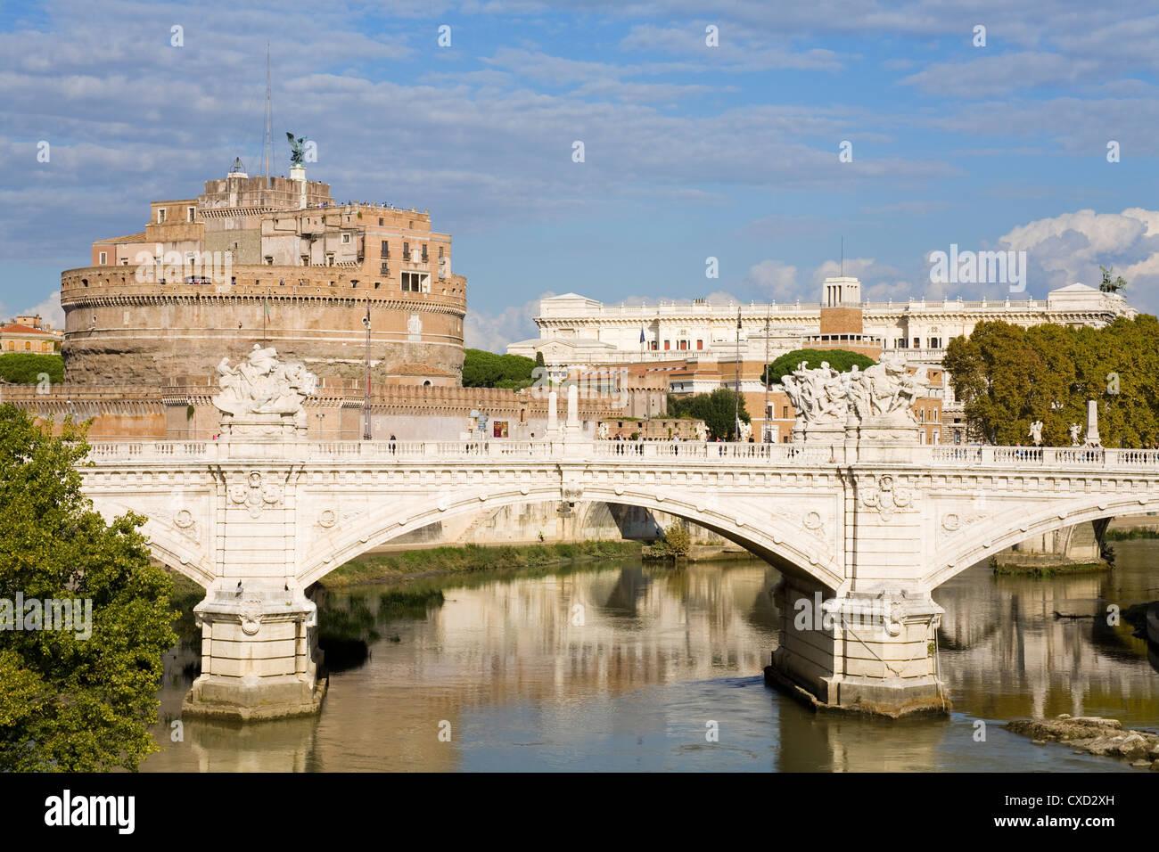 Vittorio Emanuelle bridge and St. Angelo Castle and National Museum, Rome, Lazio, Italy, Europe - Stock Image