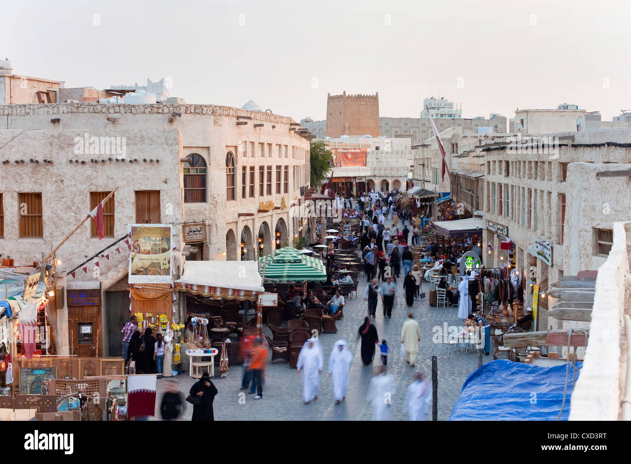 The restored Souq Waqif with mud rendered shops and exposed timber beams, Doha, Qatar, Middle East - Stock Image