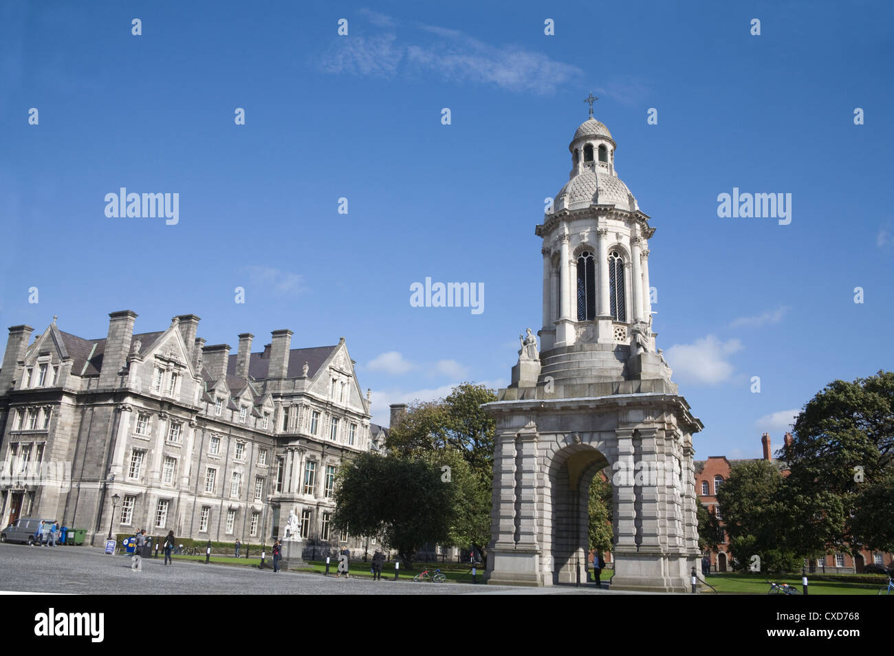 Dublin City Eire The Campanile in Parliament Square of Trinity College was donated in 1853 by Archbishop of Armagh Stock Photo