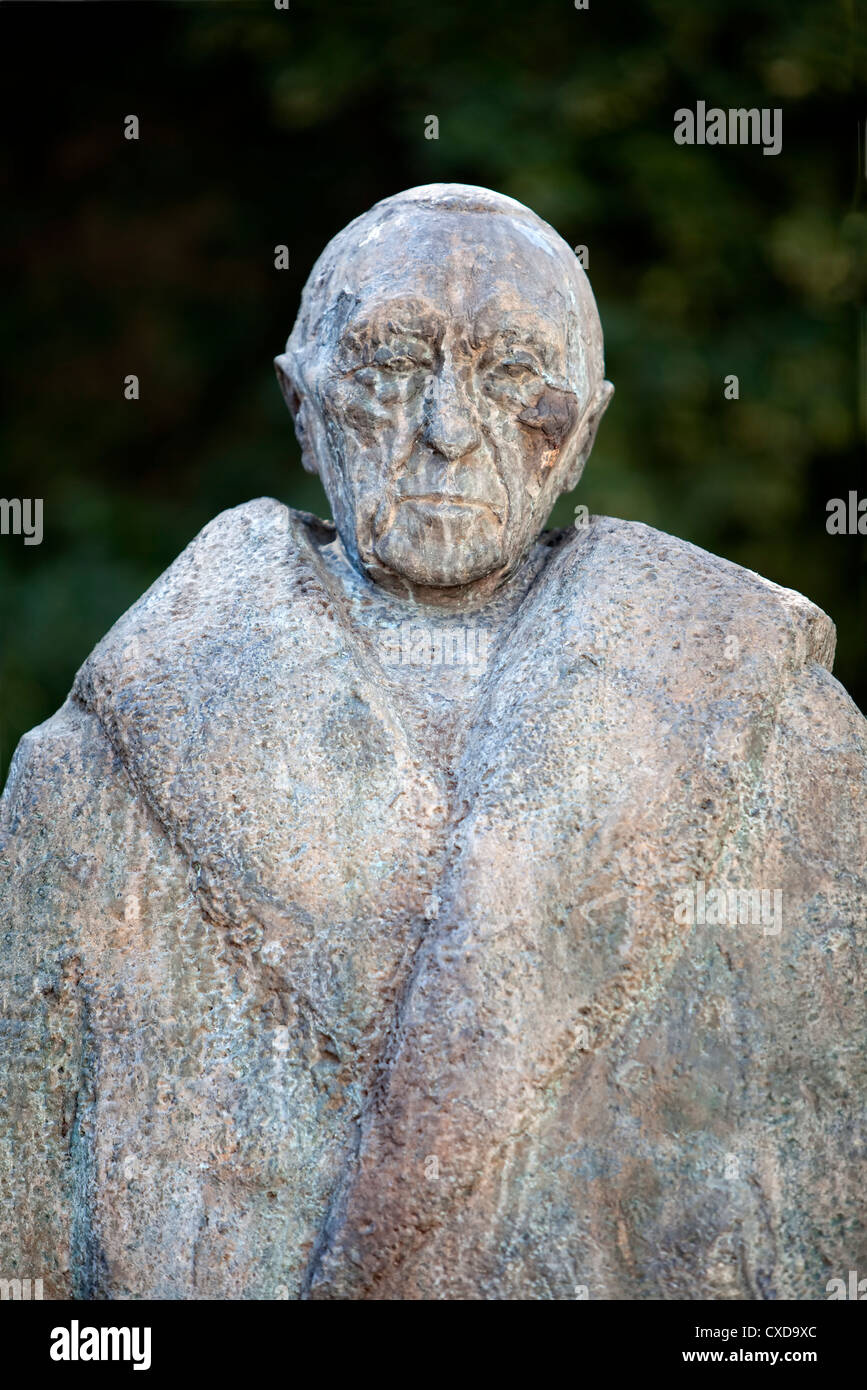 Statue of Konrad Adenauer, 1876-1967, mayor of Cologne, first Chancellor of the Federal Republic of Germany, Cologne, - Stock Image
