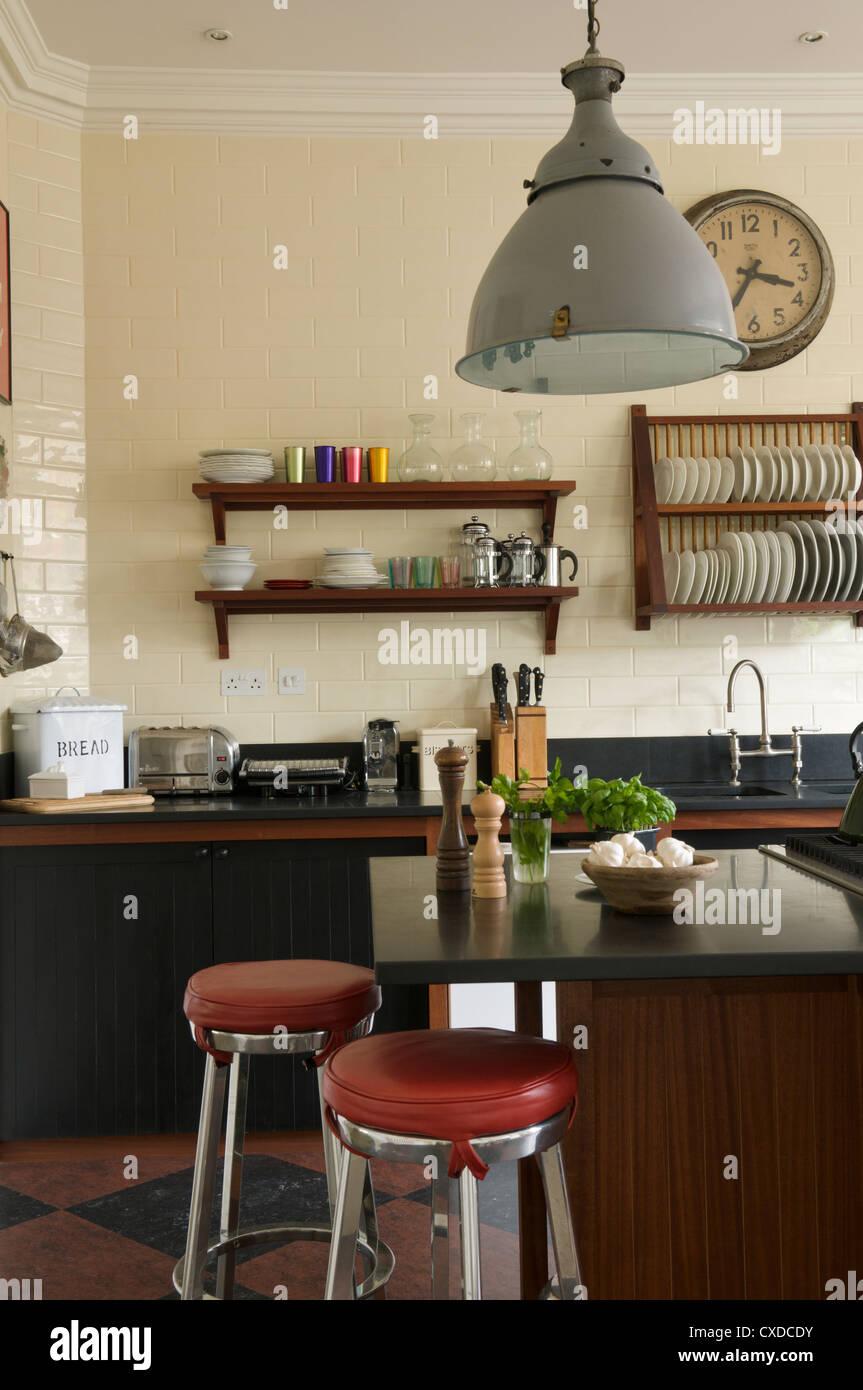 1950s Style Kitchen With Black Granite Worktops